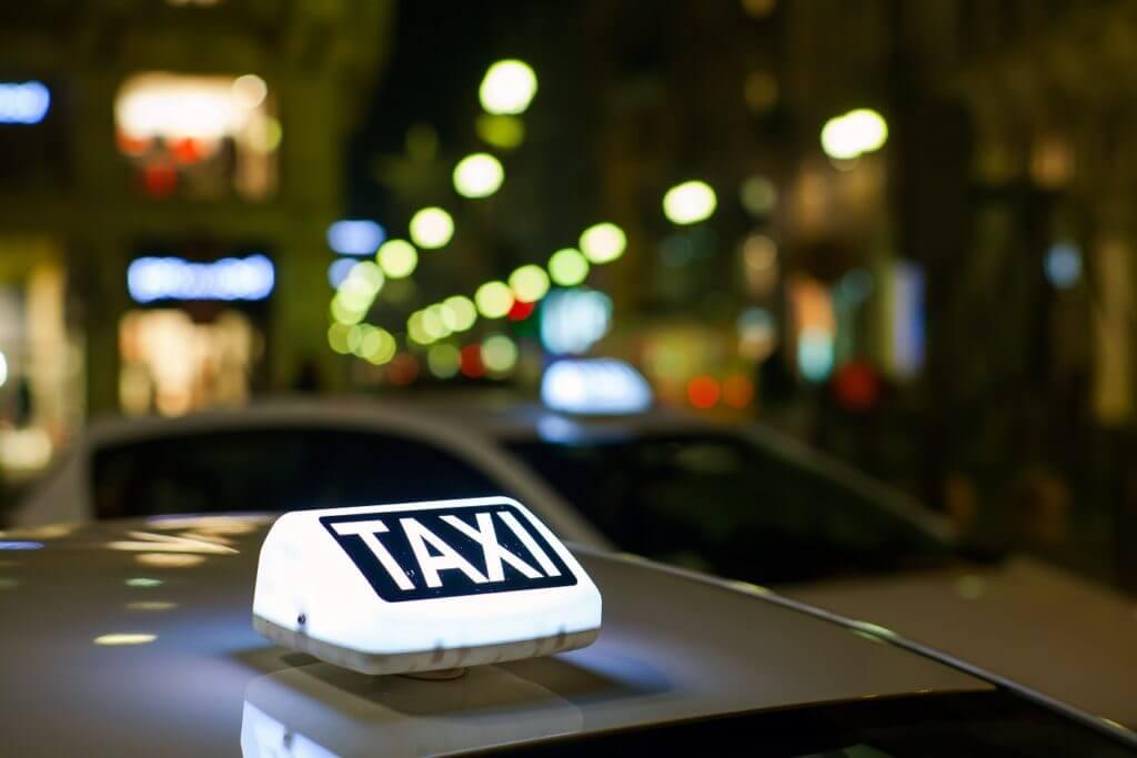Taxi Lille de nuit - Non-Stop Taxi Lille